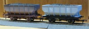 Dapol 4F-034-010 NE 21T Hopper Wagon, Weathered
